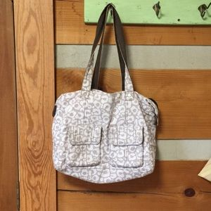 Thirty One taupe and white print bag